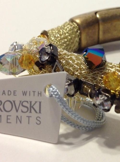 Elaine Moreira Designs with WireKnitZ